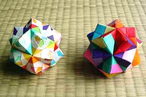 トゲトゲ 折り紙 くす玉